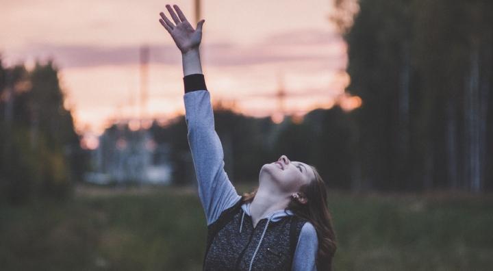 Busca las cosas de arriba (Colosenses3:1-2)